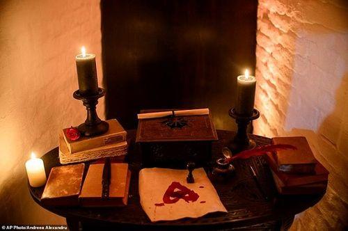 Khám phá lâu đài có thật của bá tước Dracula: Viên ngọc huyền bí tại Rumani - Ảnh 18