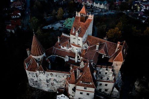 Khám phá lâu đài có thật của bá tước Dracula: Viên ngọc huyền bí tại Rumani - Ảnh 6