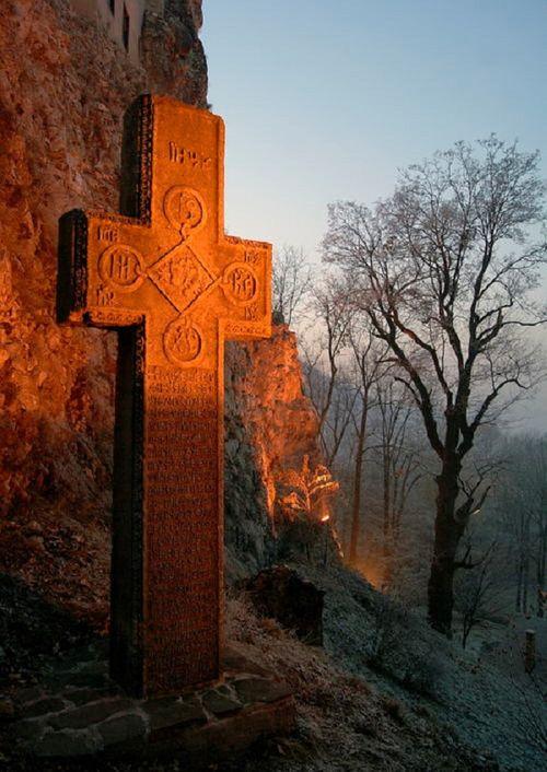 Khám phá lâu đài có thật của bá tước Dracula: Viên ngọc huyền bí tại Rumani - Ảnh 9