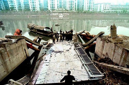10 vụ sập cầu thảm khốc nhất trong suốt 100 năm qua - Ảnh 6