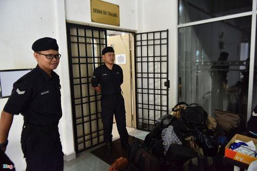 Nghi án Kim Jong-nam: Vòng vây an ninh được siết chặt tại phiên tòa tuyên án - Ảnh 6