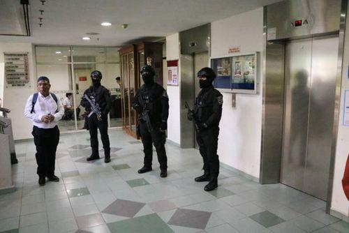 Nghi án Kim Jong-nam: Vòng vây an ninh được siết chặt tại phiên tòa tuyên án - Ảnh 7