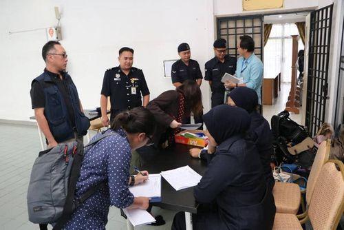 Nghi án Kim Jong-nam: Vòng vây an ninh được siết chặt tại phiên tòa tuyên án - Ảnh 8