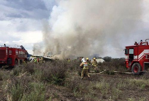 Video: Khoảnh khắc ngay trước khi máy bay chở 101 người rơi ở Mexico - Ảnh 6