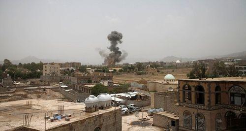 Xe buýt chở học sinh Yemen trúng tên lửa, ít nhất 43 người thiệt mạng - Ảnh 2