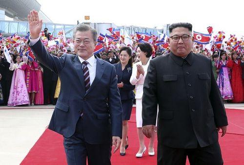 5 điểm nổi bật trong ngày đầu thượng đỉnh liên Triều ở Bình Nhưỡng - Ảnh 3