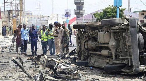 Đánh bom liều chết tại thủ đô Somalia, ít nhất 20 người thương vong - Ảnh 1