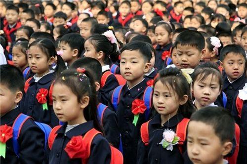 Trẻ em trên thế giới đón khai giảng như thế nào? - Ảnh 3