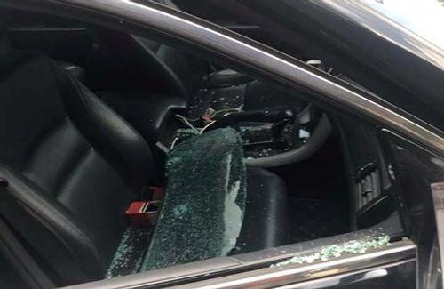 Bắc Ninh: Xác minh xe ô tô bị kẻ gian đập vỡ kính, lấy cắp gần 300 triệu đồng  - Ảnh 2