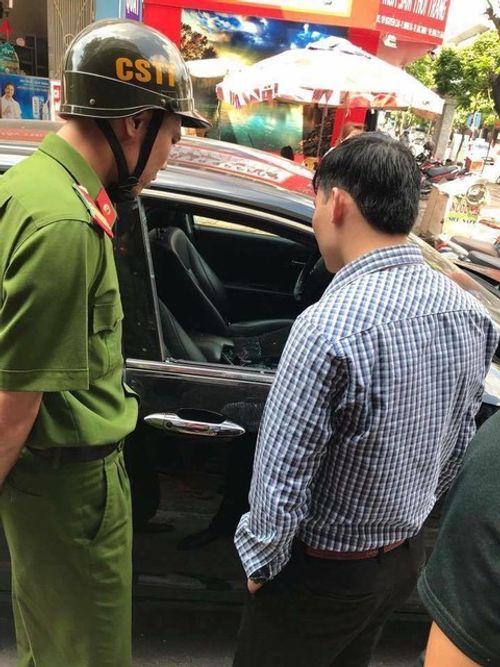 Bắc Ninh: Xác minh xe ô tô bị kẻ gian đập vỡ kính, lấy cắp gần 300 triệu đồng  - Ảnh 1