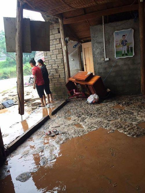Hiện trường vụ vỡ hồ chứa chất thải tại Lào Cai, hàng chục hộ dân bị ảnh hưởng - Ảnh 10