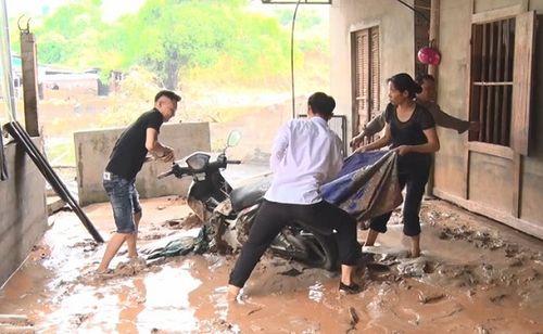 Hiện trường vụ vỡ hồ chứa chất thải tại Lào Cai, hàng chục hộ dân bị ảnh hưởng - Ảnh 2