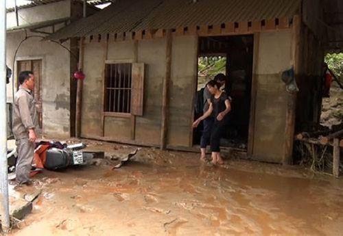 Hiện trường vụ vỡ hồ chứa chất thải tại Lào Cai, hàng chục hộ dân bị ảnh hưởng - Ảnh 7