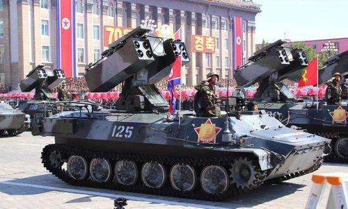 Cận cảnh dàn vũ khí hùng hậu của Triều Tiên trong lễ duyệt binh mừng quốc khánh - Ảnh 4