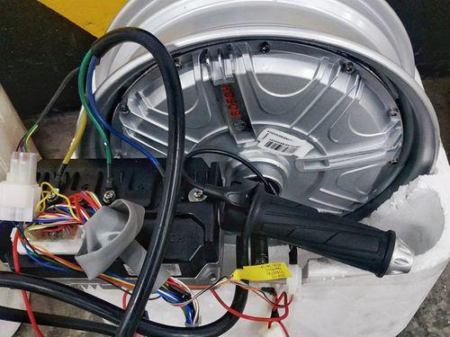 Hé lộ mẫu xe máy điện đầu tiên của Vinfast - Ảnh 2