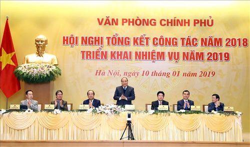 Thủ tướng: Văn phòng Chính phủ phải giúp phản ánh một 'Chính phủ bắt kịp nhịp sống của người' dân - Ảnh 2