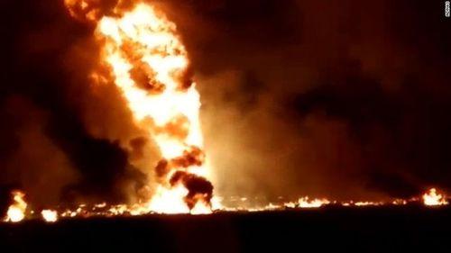Xác định nguyên nhân vụ nổ đường ống dẫn xăng khiến 66 người thiệt mạng ở Mexico - Ảnh 1