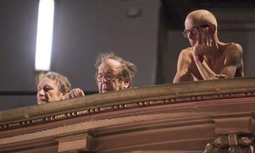 """Lạ lẫm nhà hát """"gây sốt"""" giữa lòng thủ đô Paris: Diễn viên và khán giả đều khỏa thân - Ảnh 2"""