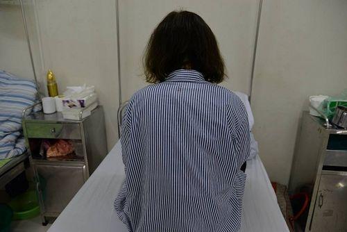 Uống trà giảm cân mua qua mạng, thiếu nữ 19 tuổi nhập viện cấp cứu - Ảnh 1