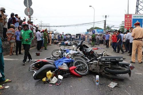 Bộ trưởng GTVT: Siết chặt công tác đào tạo, cấp bằng lái xe sau vụ tai nạn kinh hoàng tại Long An - Ảnh 2