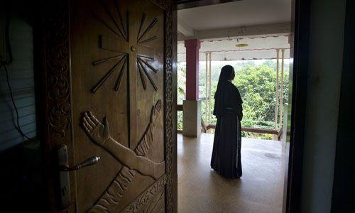 Nữ tu bị linh mục hãm hiếp tại khắp các nhà thờ ở Ấn Độ: Sự im lặng đáng sợ suốt nhiều thập kỷ - Ảnh 1