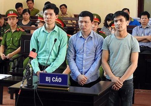 Bác sĩ Hoàng Công Lương nhập viện cấp cứu trước thềm phiên toà sơ thẩm - Ảnh 2