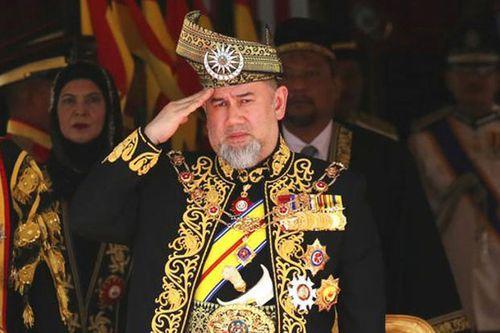 Chân dung người vợ hoa khôi của vua Malaysia vừa thoái vị - Ảnh 1