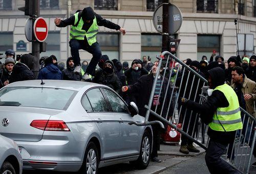 """Pháp xây dựng đạo luật mới nhằm """"dập lửa"""" biểu tình bạo lực """"Áo vàng"""" - Ảnh 2"""