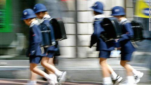 Nhật Bản: Báo động nạn bạo hành trẻ em sau vụ bé gái 10 tuổi bị cha đánh tử vong - Ảnh 2