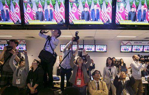 Hàng trăm phóng viên quốc tế tới Việt Nam chuẩn bị đưa tin về Hội nghị thượng đỉnh Mỹ-Triều - Ảnh 1