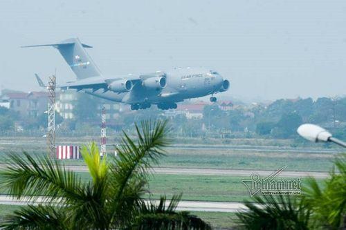 """Tin tức thời sự 24h mới nhất ngày 21/2/2019: """"Ngựa thồ"""" C-17 chở trực thăng của Tổng thống Mỹ tới Việt Nam - Ảnh 1"""