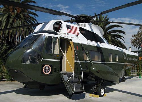 Siêu trực thăng Marine One của Tổng thống Mỹ vừa được chuyển tới Việt Nam có gì đặc biệt? - Ảnh 2