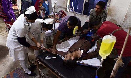84 người thiệt mạng, hơn 200 người nhập viện do uống phải rượu độc tại Ấn Độ - Ảnh 1