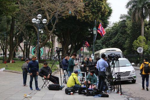 Gần 3000 phóng viên quốc tế đổ về Hà Nội, đưa tin Hội nghị thượng đỉnh Mỹ - Triều - Ảnh 2