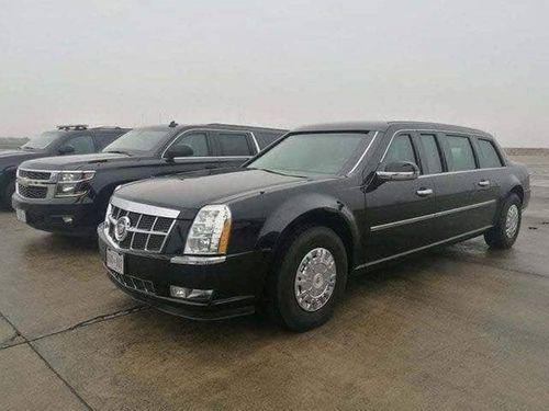 """Cận cảnh xe """"quái thú"""" Cadillac One của Tổng thống Mỹ lăn bánh trên đường phố Hà Nội - Ảnh 2"""