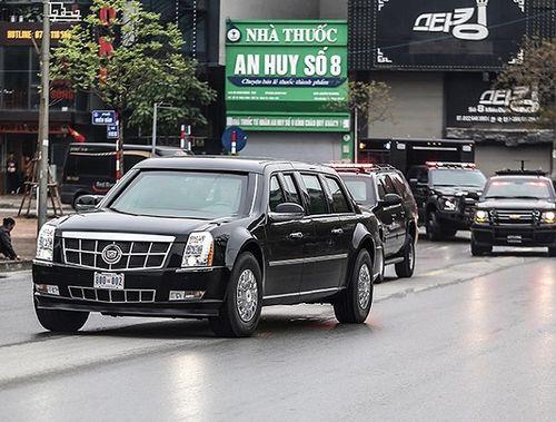 """Cận cảnh xe """"quái thú"""" Cadillac One của Tổng thống Mỹ lăn bánh trên đường phố Hà Nội - Ảnh 4"""