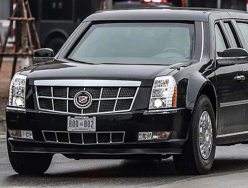 """Cận cảnh xe """"quái thú"""" Cadillac One của Tổng thống Mỹ lăn bánh trên đường phố Hà Nội - Ảnh 5"""