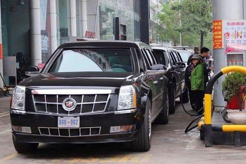"""Cận cảnh xe """"quái thú"""" Cadillac One của Tổng thống Mỹ lăn bánh trên đường phố Hà Nội - Ảnh 11"""