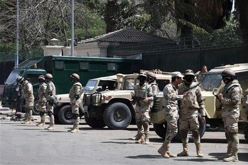 Ai Cập mở chiến dịch truy quét khủng bố, 46 tay súng bị tiêu diệt tại Bán đảo Sinai - Ảnh 1
