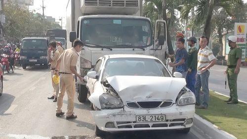 An Giang: Khởi tố tài xế lái xe tải ngủ gật, gây tai nạn chết người - Ảnh 2