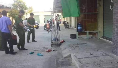 Bình Thuận: Bắt nghi phạm 19 tuổi đâm chết nhân viên đoàn lô tô - Ảnh 1
