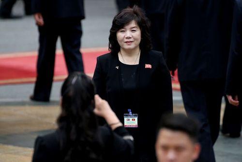 """Chân dung 4 """"bóng hồng"""" quyền lực tháp tùng ông Kim Jong-un tới Hà Nội - Ảnh 3"""