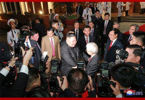 [Trực tiếp] Chủ tịch Triều Tiên về nước: Phái đoàn Triều Tiên đã đến ga Đồng Đăng - Ảnh 23