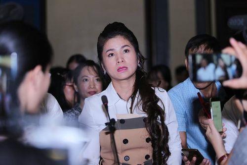 Bà Lê Hoàng Diệp Thảo giải thích việc nhiều lần đưa chồng đi bệnh viện tâm thần - Ảnh 1