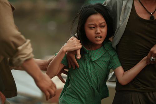 """Các nhà phê bình phim Mỹ nhận xét bất ngờ về """"Hai Phượng"""" của Ngô Thanh Vân - Ảnh 2"""
