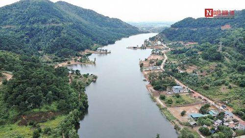 Cận cảnh biệt phủ nhà ca sĩ Mỹ Linh và hàng nghìn công trình sai phạm giữa rừng phòng hộ Sóc Sơn - Ảnh 1
