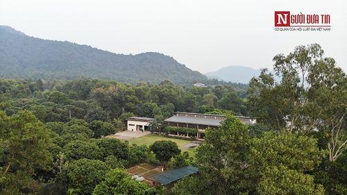 Cận cảnh biệt phủ nhà ca sĩ Mỹ Linh và hàng nghìn công trình sai phạm giữa rừng phòng hộ Sóc Sơn - Ảnh 7