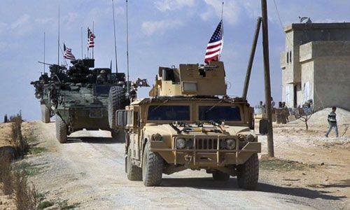 """IS bị xóa sổ, Mỹ ồ ạt triển khai hơn 150 xe quân sự tới """"chảo lửa"""" Syria - Ảnh 1"""