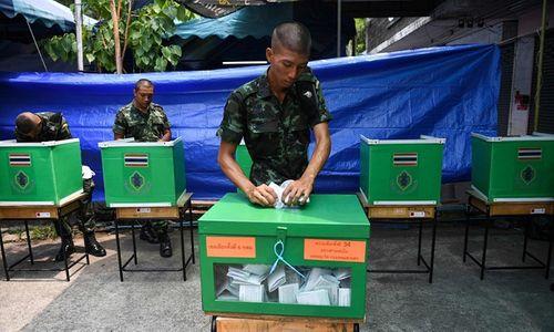 Tổng tuyển cử Thái Lan: Bất ngờ hoãn công bố kết quả bầu cử - Ảnh 2