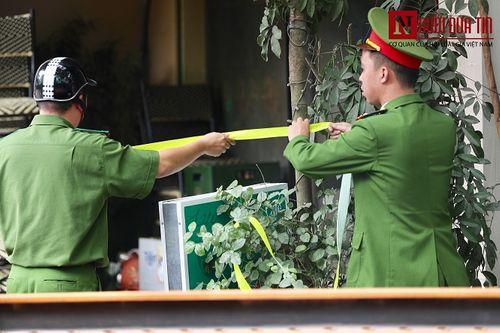 Hà Nội: Quán cafe karaoke bất ngờ cháy dữ dội, 2 người thương vong - Ảnh 3
